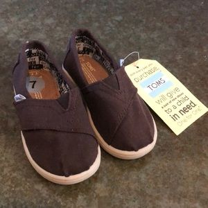BNWT, Toms toddler shoes, size 7 toddler, brown